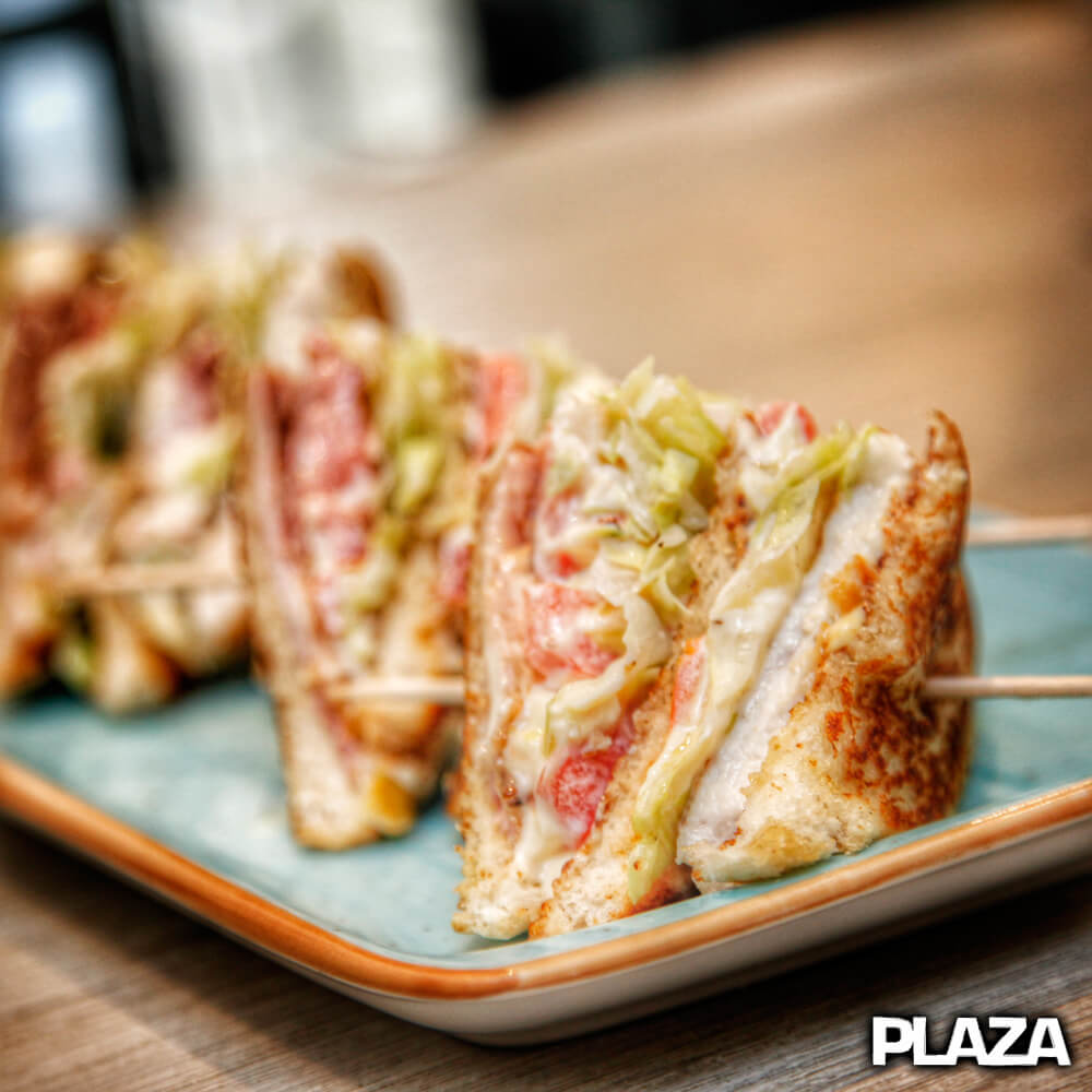 Sandwiches en Bar Plaza Gandia